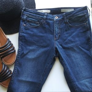 NWOT Pilcro Mid Rise Skinny Jeans